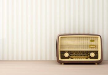 vintage-radio_1159-805
